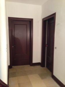 Türen abschleifen und neu lackieren