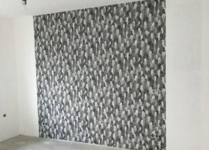 Farbeffekte mit Pinsel und Schwamm für individuelle Wände.
